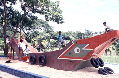 Mid-80s: Themed Playgrounds